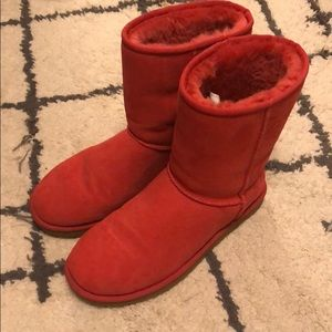 Classic short Ugg boot